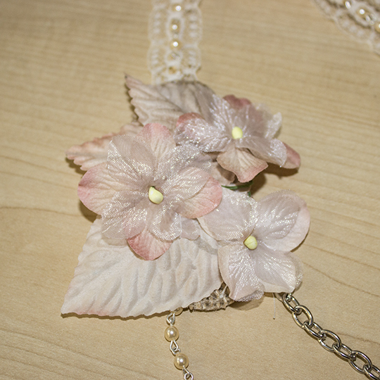Adding flowers to Neckpiece