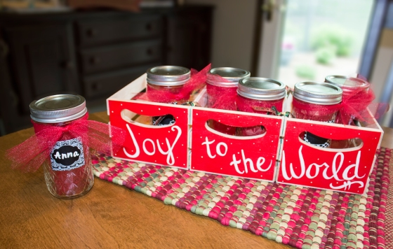Joy to the World Centerpiece and Favors