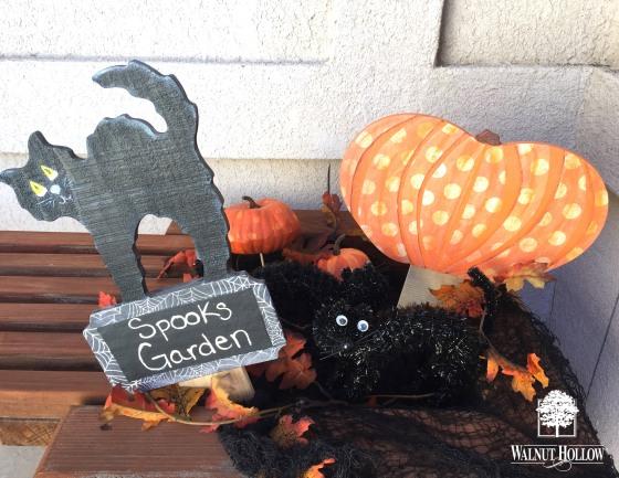 Walnut Hollow Halloween Signs Pumpkin and Cat