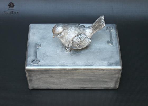 wh silver box
