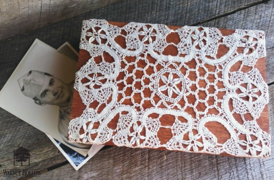 Walnut Hallow_Doily Box A