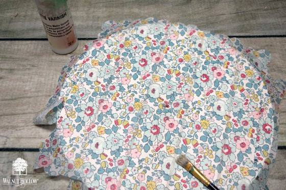decoupage the floral napkin to the clock
