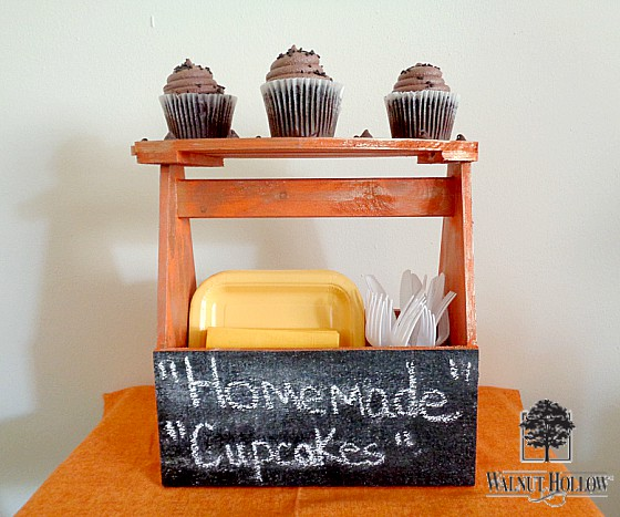 DIY: Pumpkin Chalkboard Cake Plate on Walnut Hollow