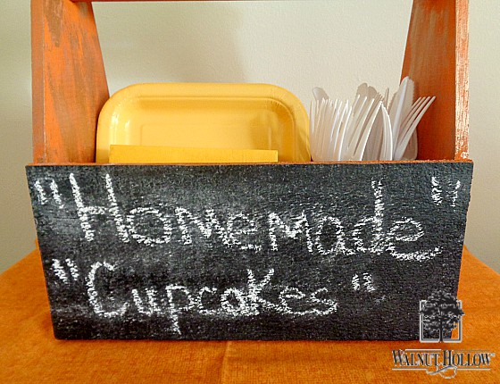 diy-pumpkin-chalkboard-cake-plate-3