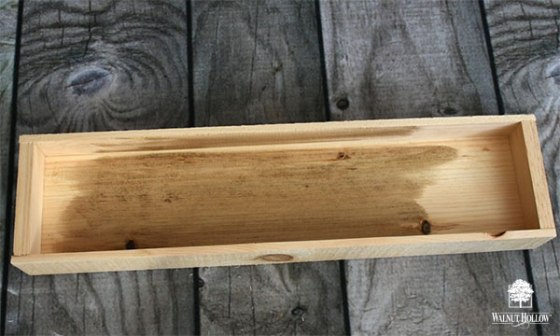 Stain the wood pieces