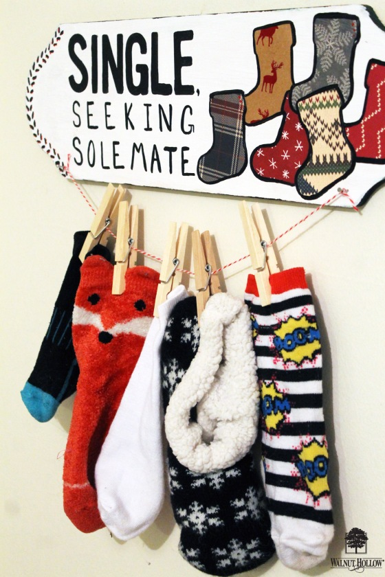 wh-organize-laundry-room-sock-sign-4