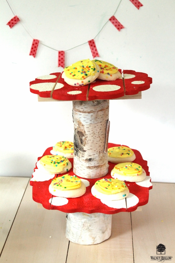 Make A Whimsical Mushroom Cookie Stand using Trivets & Birch Pillars by @walnuthollow