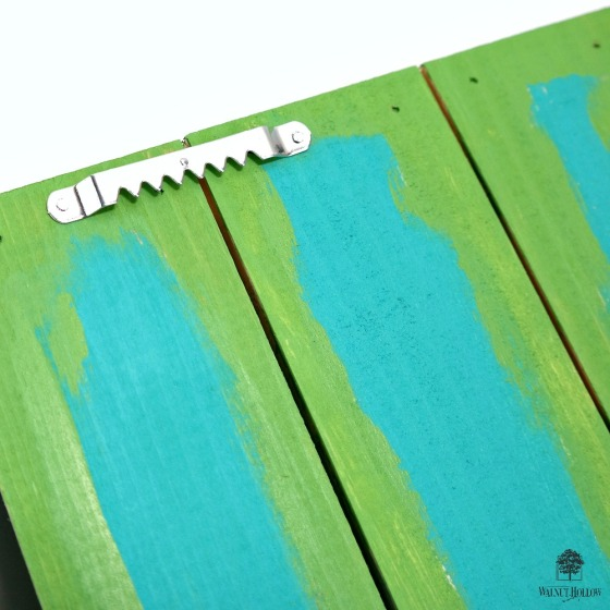 Rustic Pallet Tray Hanging Hardware by Dana Tatar for Walnut Hollow