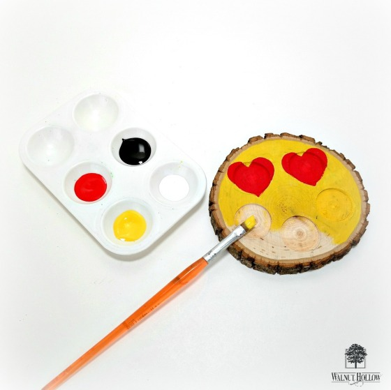 How to Paint an Emoji onto a Wood Slice by Dana Tatar for Walnut Hollow