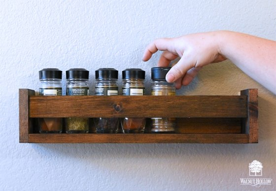 Display Rack to hold Spices