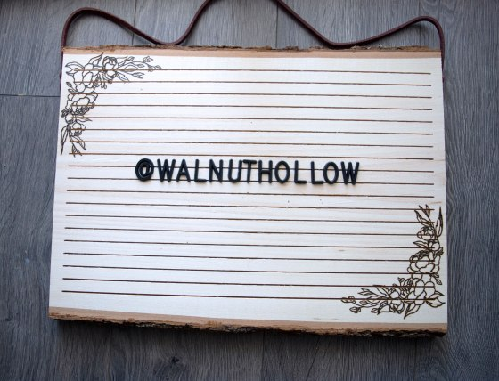 Walnut Hollow Bark Edge Letter Board
